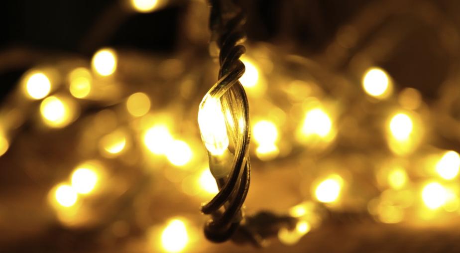 Ein LED Lichtband eignet sich für alle Räumlichkeiten und Stimmungseffekte